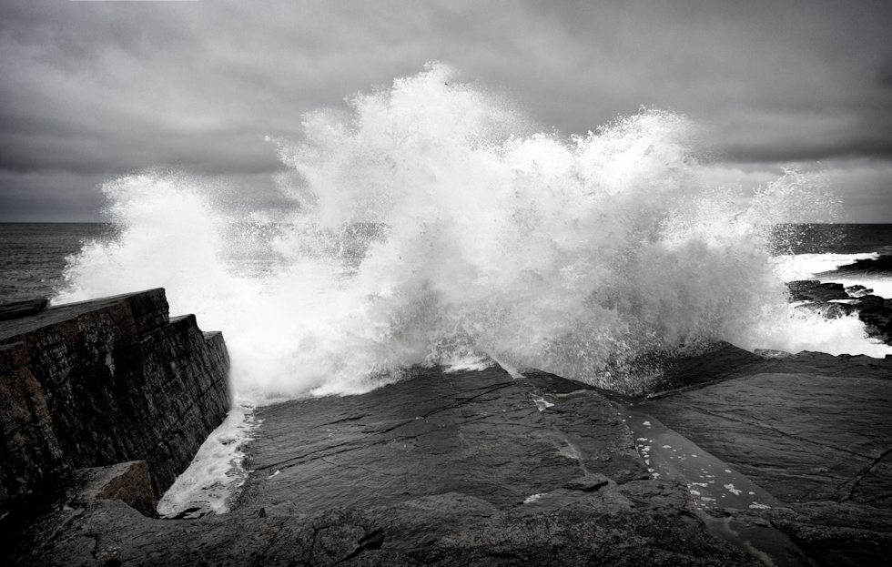 Wave breaking at Wick's South Head
